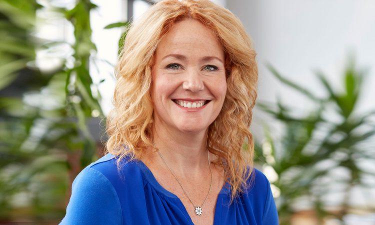 Helene Baribeau souriante