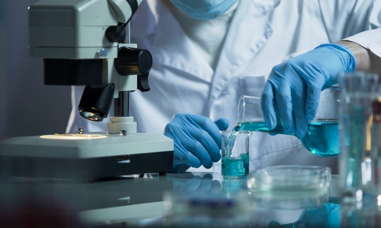 recherche scientifique, tests en laboratoire